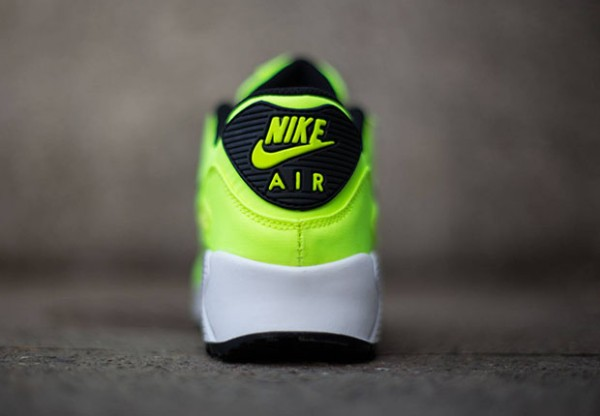 Nike Air Max 90 FB GS - Volt / Black - Electric Green - Liquid Lime 4