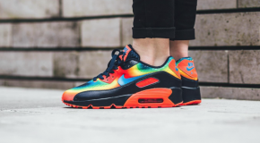 "Nike Air Max 90 GS QS ""Heat Map"" Pack"