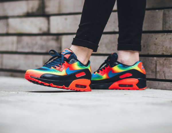 "Nike Air Max 90 GS QS ""Heat Map"" Pack 2"