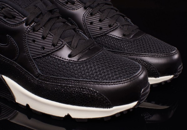 "Nike Air Max 90 Leather ""Stingray"" 3"