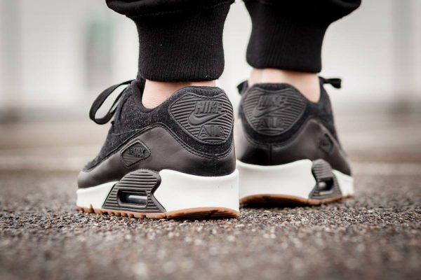 Nike Air Max 90 Premium - Black 3