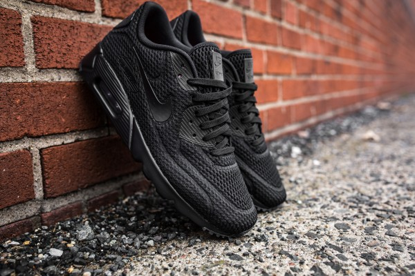 Nike Air Max 90 Ultra BR – Black 2