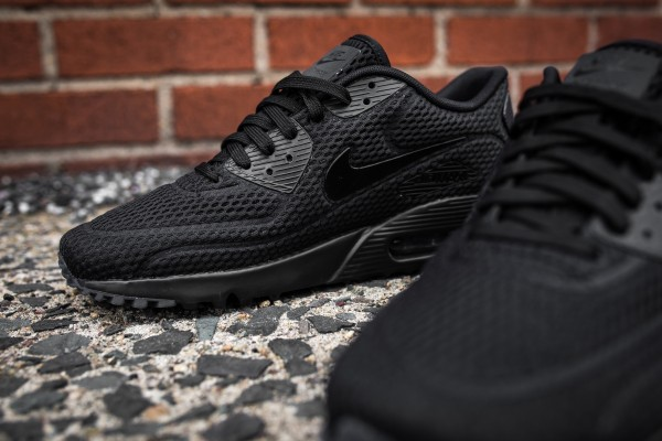 Nike Air Max 90 Ultra BR – Black 9