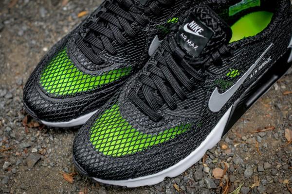 Nike Air Max 90 Ultra BR Plus QS - Black / Wolf Grey 3