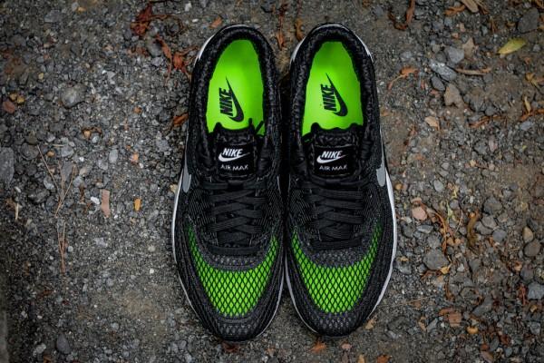 Nike Air Max 90 Ultra BR Plus QS - Black / Wolf Grey 4