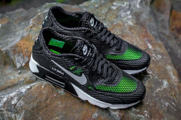 Nike Air Max 90 Ultra BR Plus QS - Black / Wolf Grey 6