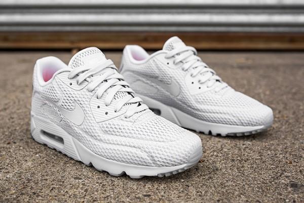 "Nike Air Max 90 Ultra BR ""Pure Platinum"" 2"