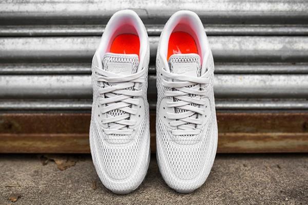 "Nike Air Max 90 Ultra BR ""Pure Platinum"" 4"