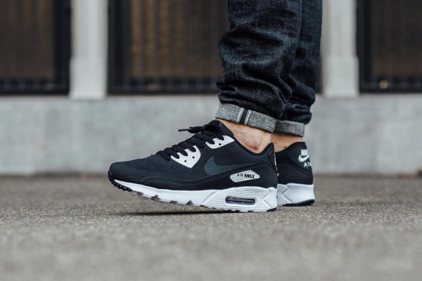 Nike Air Max 90 Ultra Essential - Black/Anthracite-White 2