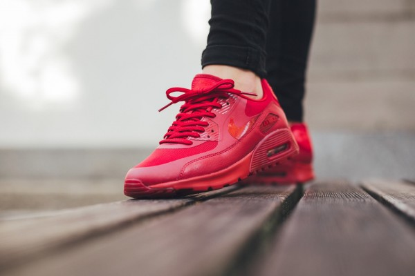 Nike Air Max 90 Ultra Essential - Gym Red/University Red 2
