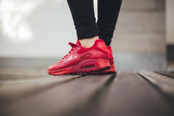 Nike Air Max 90 Ultra Essential - Gym Red/University Red 3