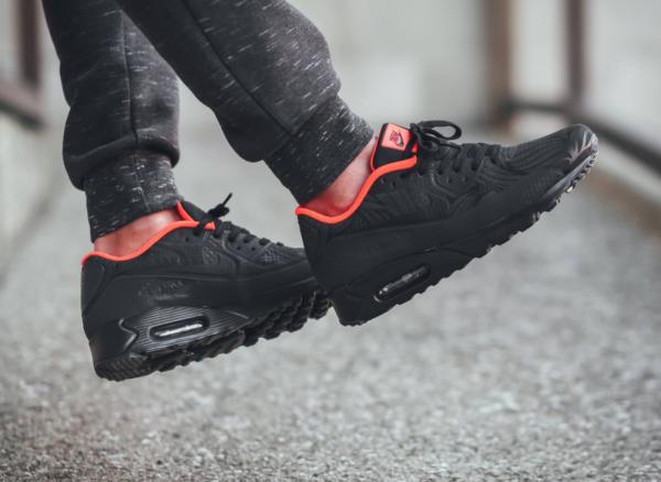 Nike Air Max 90 Ultra Moire FB - Black/Anthracite-Total Crimson 2