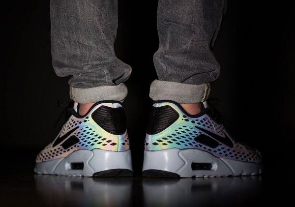 "Nike Air Max 90 Ultra Moire ""Iridescent"" 4"
