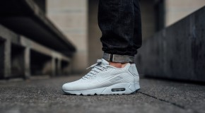 Nike Air Max 90 Ultra Moire – Pure Platinum/White