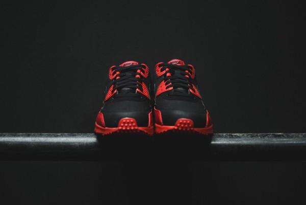 Nike Air Max 90 Winter PRM - Gym Red/Black 15