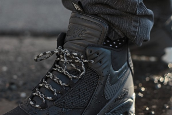 "Nike Air Max 90 Winterized Sneakerboot ""Black Reflective"" 4"
