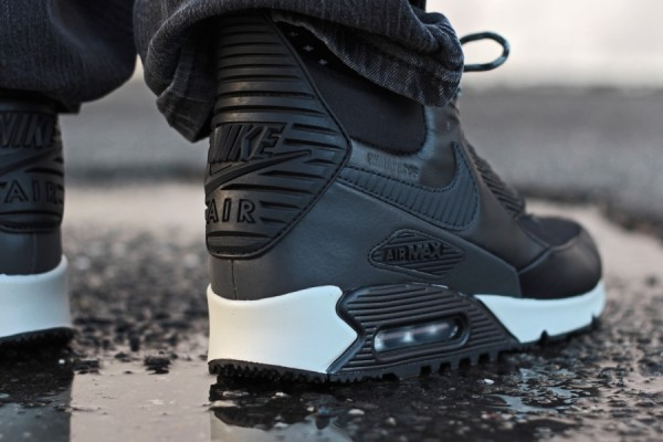 "Nike Air Max 90 Winterized Sneakerboot ""Black Reflective"" 5"