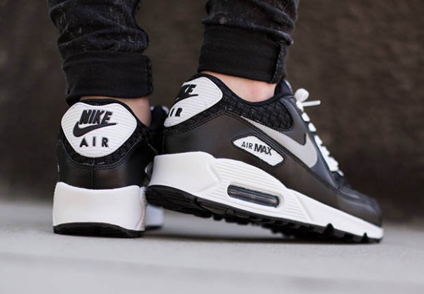 Nike Air Max 90 Woven - White / Reflect Silver - Black 4