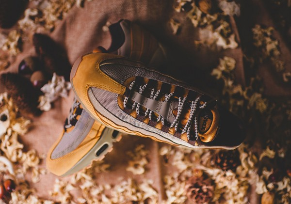 Nike Air Max 95 - Bronze/Baroque Brown-Bamboo 3