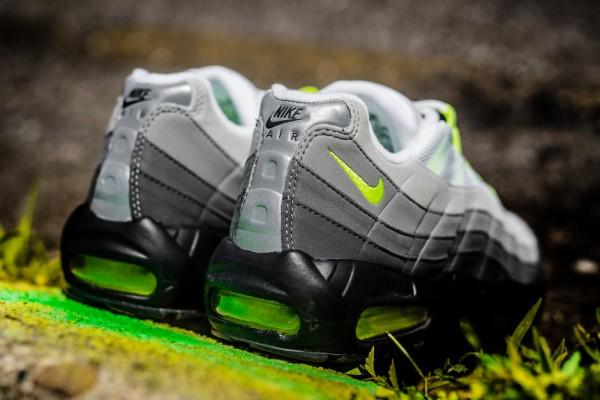 """Nike Air Max 95 """"Neon"""" 4"""