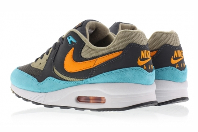 Nike-Air-Max-Light-Copper-Bamboo-1