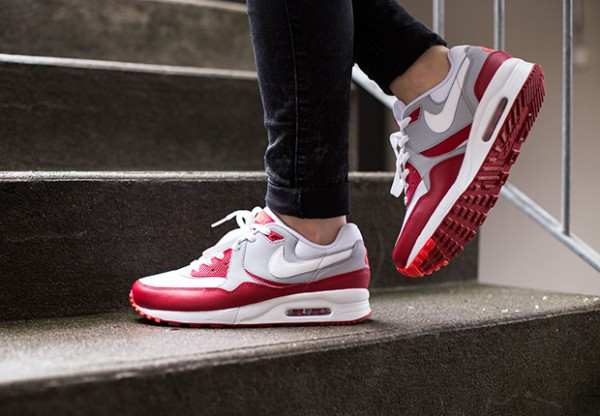 Nike Air Max Light GS - White / Gym Red - Wolf Grey 3
