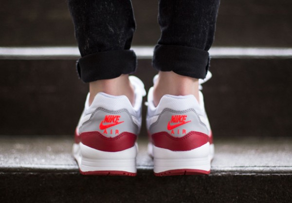 Nike Air Max Light GS - White / Gym Red - Wolf Grey 4