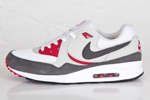 nike-air-max-light-gym-red-4
