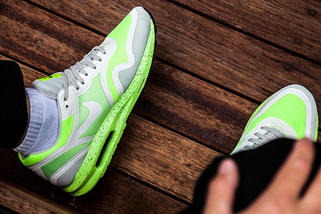 Nike-Air-Max-Lunar1-Breathe-Volt-Pack-3 (1)