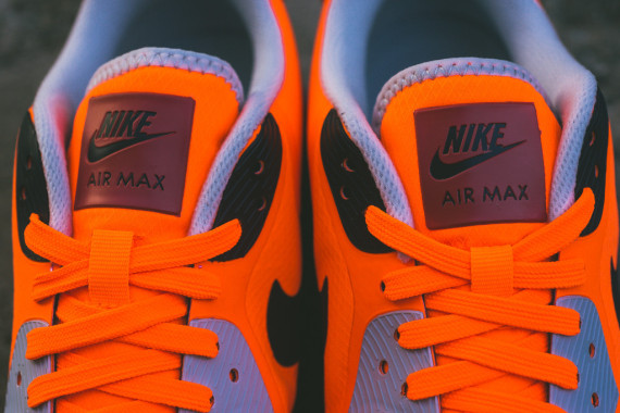 Nike Air Max Lunar90 WR – Team Orange / Red Clay 5
