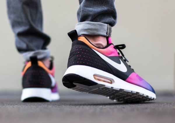 Nike Air Max Tavas - Black / White - Pink Pow - True Yellow 3