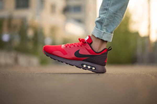 Nike Air Max Tavas - Deep Burgundy/Black-University Red 2
