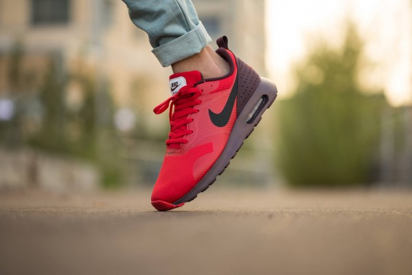 Nike Air Max Tavas - Deep Burgundy/Black-University Red 3