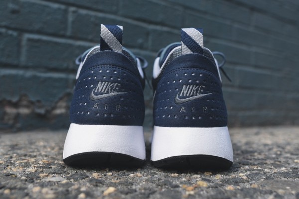 "Nike Air Max Tavas Essential ""Midnight Navy"" 4"