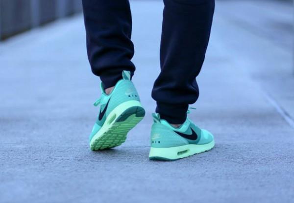 Nike Air Max Tavas – Green Glow 5