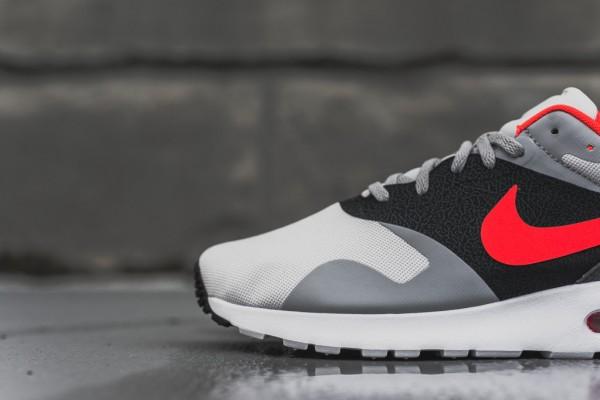 Nike Air Max Tavas - Grey / Bright Crimson 2