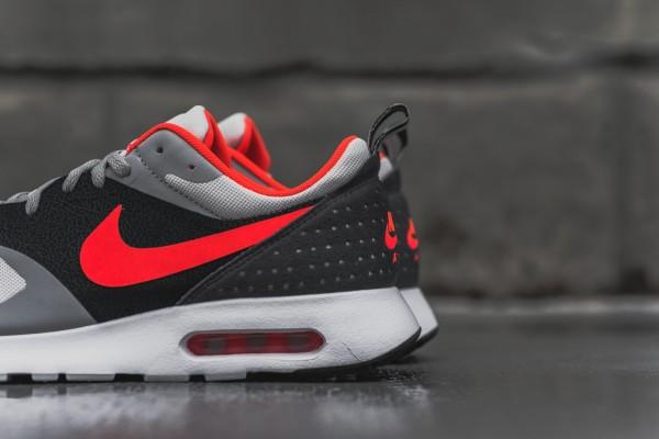Nike Air Max Tavas - Grey / Bright Crimson 3