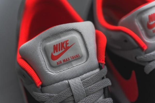 Nike Air Max Tavas - Grey / Bright Crimson 5