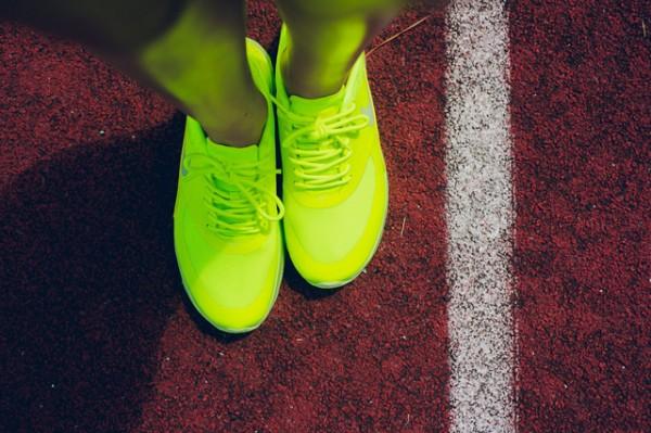 """Nike Air Max Thea """"Cyber"""" 5"""