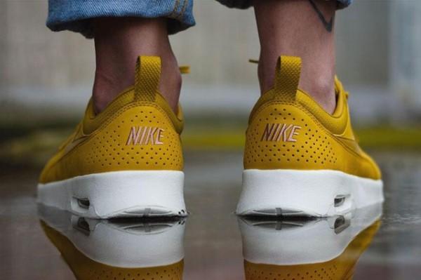 Nike Air Max Thea Premium - Dark Citron/Dark Citron-Slate 3