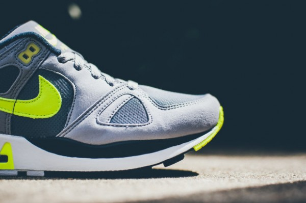 Nike Air Stab - Cool Grey / Volt - Black - White 2