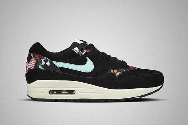 Nike-WMNS-Air-Max-1-Aloha-Pack-2