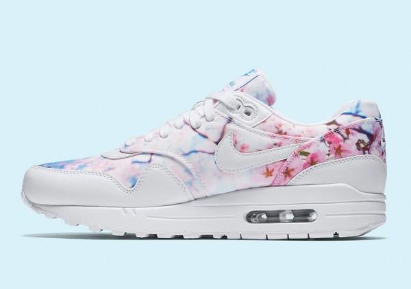 """Nike WMNS Air Max 1 """"Chery Blossom"""" 3"""
