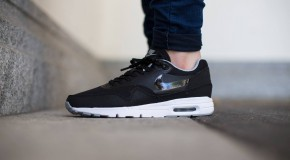Nike WMNS Air Max 1 Essential – Black/Black-Wolf Grey-Metallic Silver