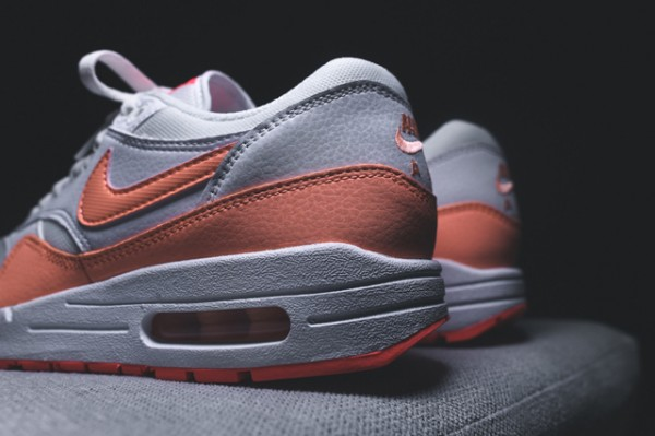 Nike WMNS Air Max 1 Essential - White / Hot Lava - Sunset Glow 5