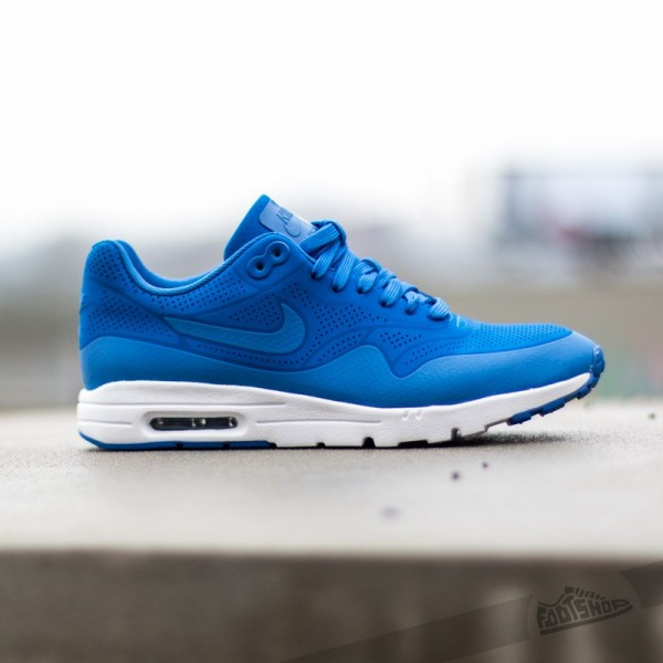 nike-wmns-air-max-1-ultra-moire-game-royal-game-royal-2