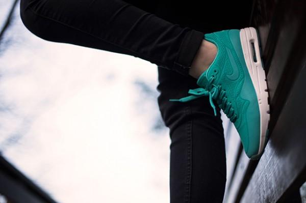 """Nike WMNS Air Max 1 Ultra Moire """"LT Retro"""" 3"""