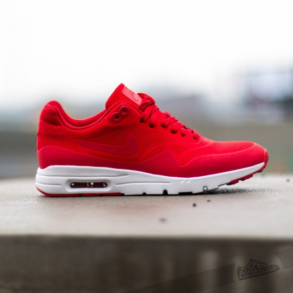 nike-wmns-air-max-1-ultra-moire-university-red-university-red-2