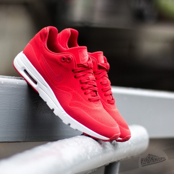 nike-wmns-air-max-1-ultra-moire-university-red-university-red