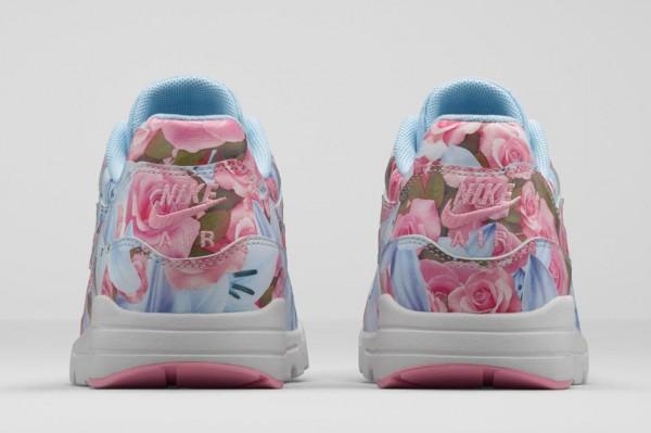 """Nike WMNS Air Max 1 Ultra """"Paris"""" 3"""